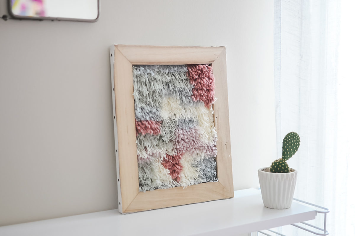 facile tenture de laines sur ch ssis de toile saxe. Black Bedroom Furniture Sets. Home Design Ideas
