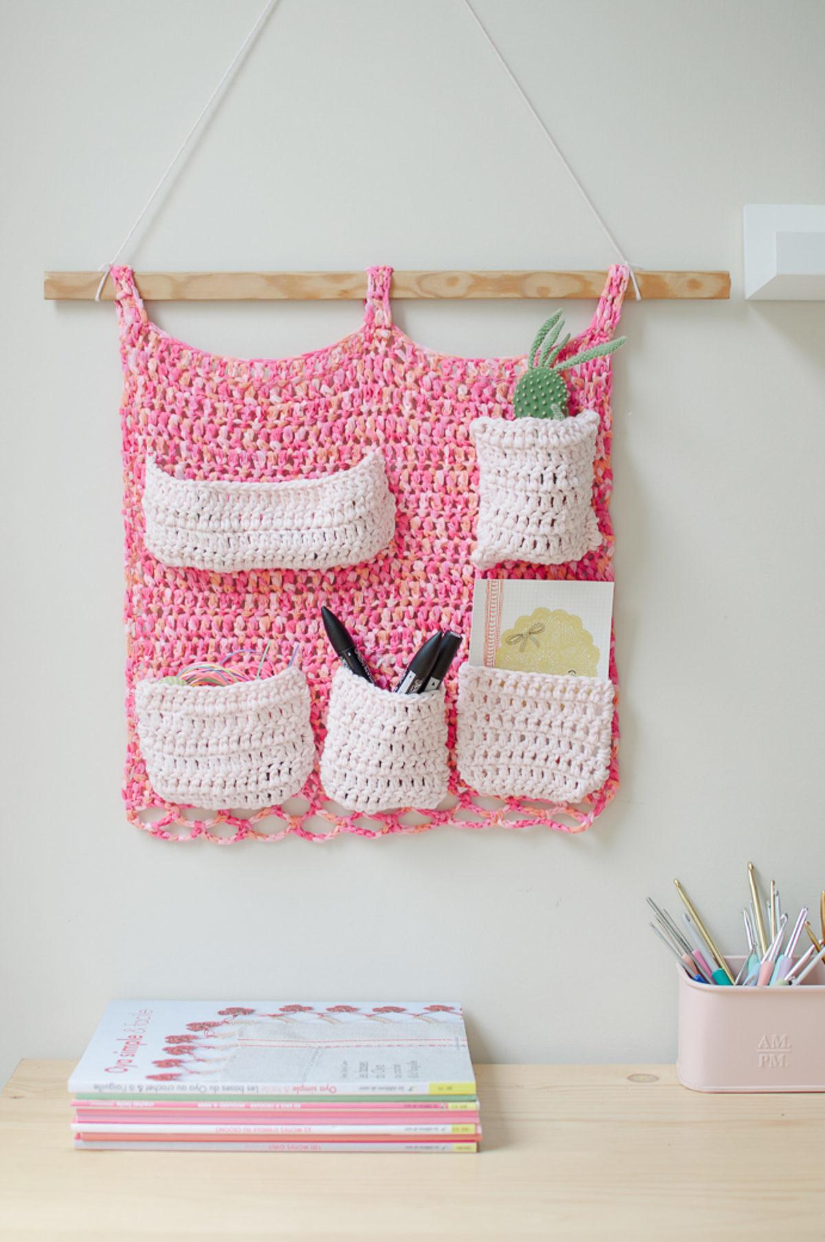 rangement mural crochet tuto