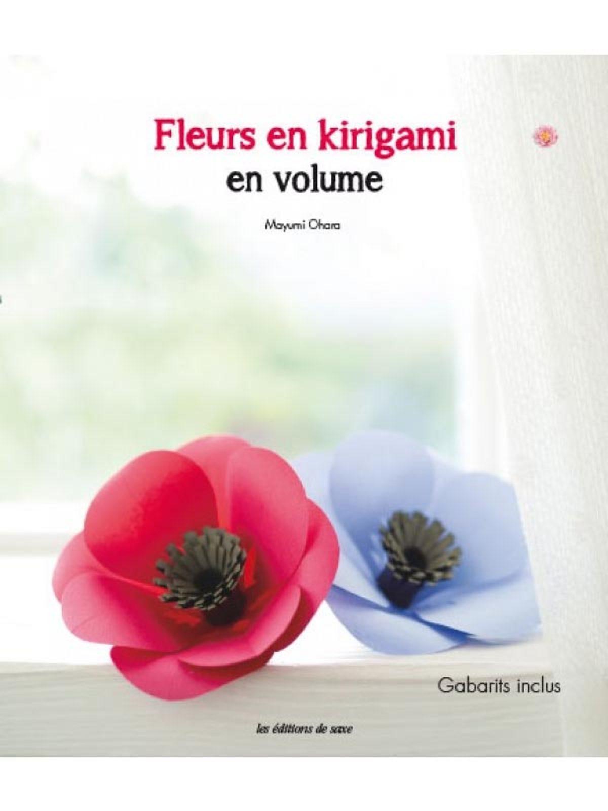 fleurs en kirigami en volume