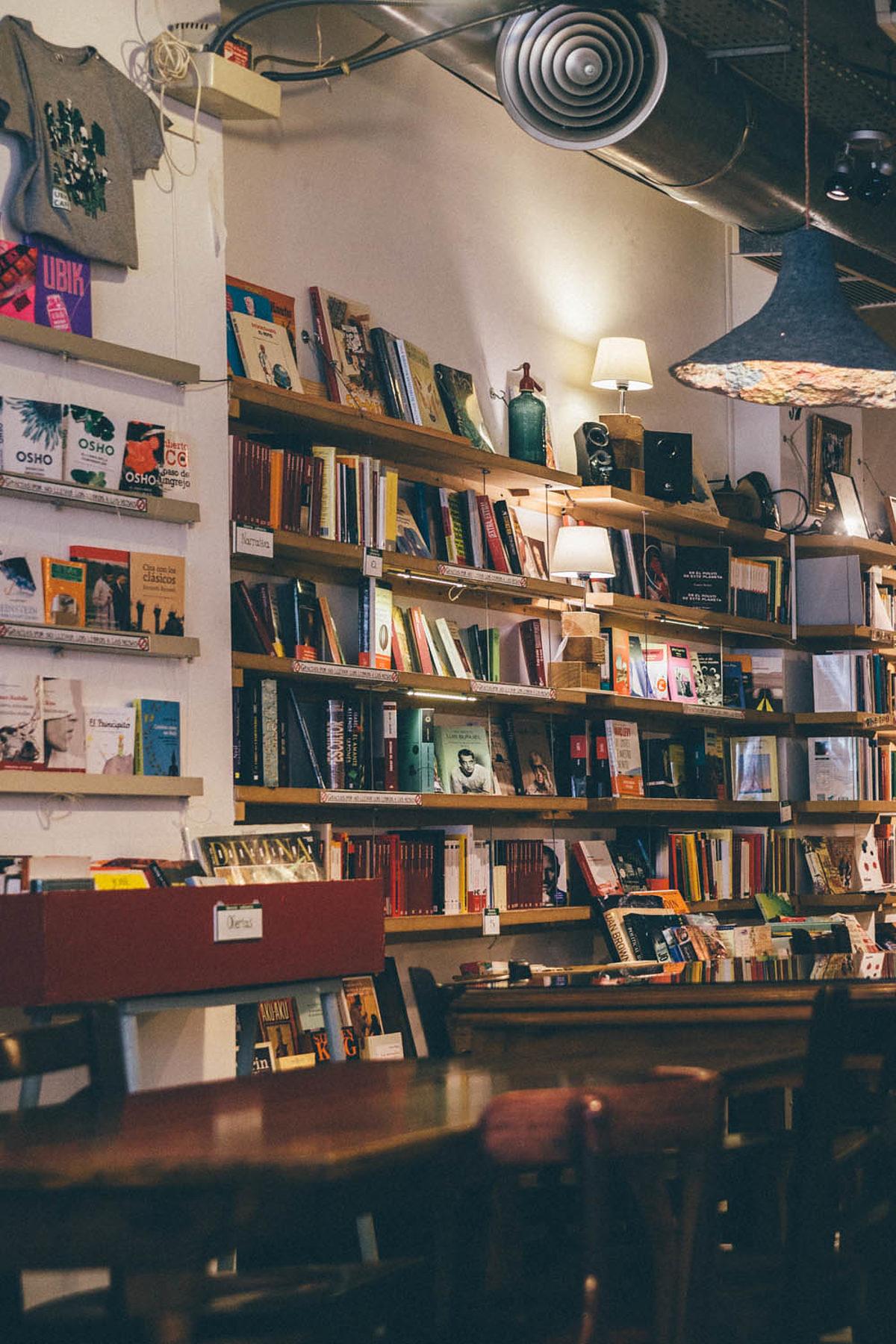 Café librairie à Valencia