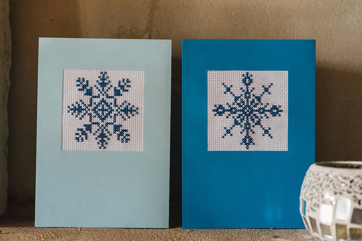 broderie-point-de-croix-bleu-carte-de-voeux-6