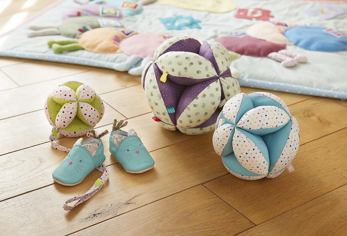 Cousettes Pour Les Tout Petits Tuto Balles De Prehension Saxe