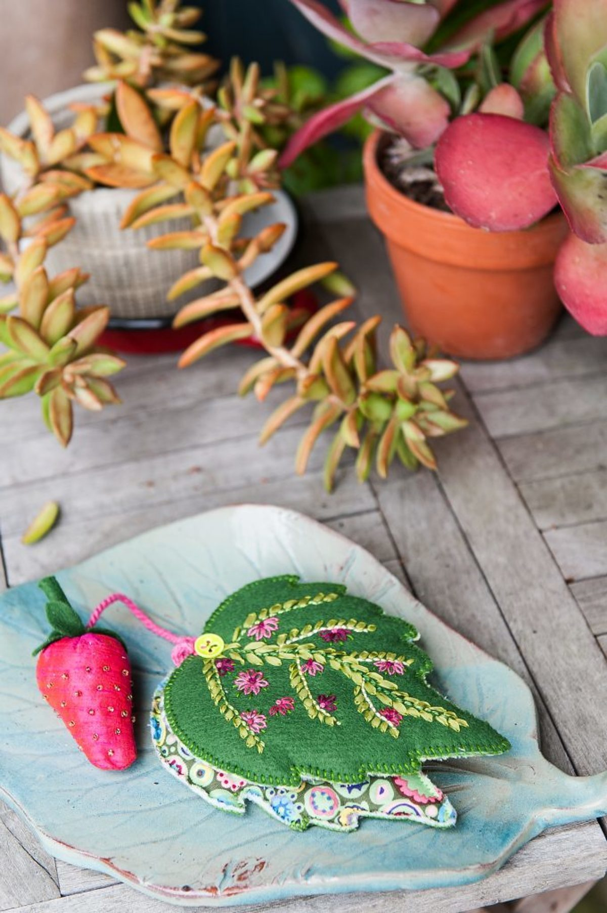 Pique-épingles Emeraude - © photo et stylisme : Marine Delmer