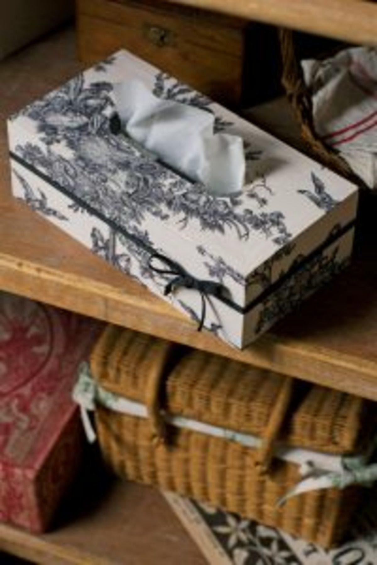 cartonnage boîte à mouchoirs toile de Jouy