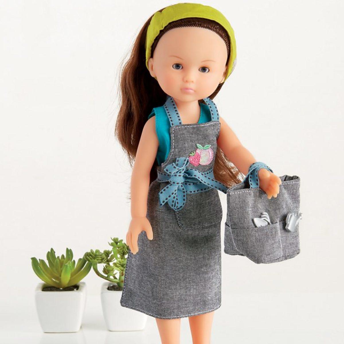 coudre des vêtements de poupée