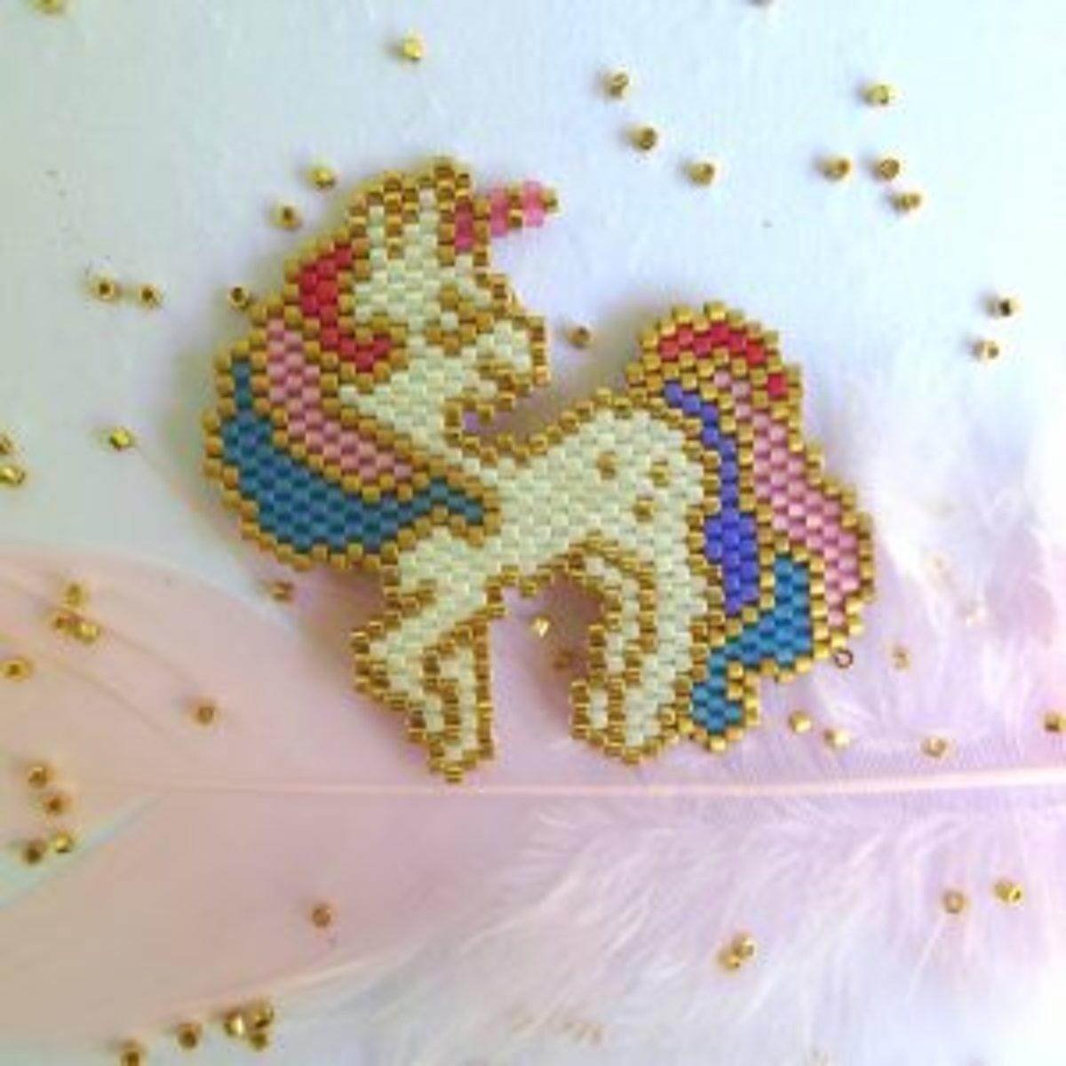 Brick stitch licorne tissage de perles