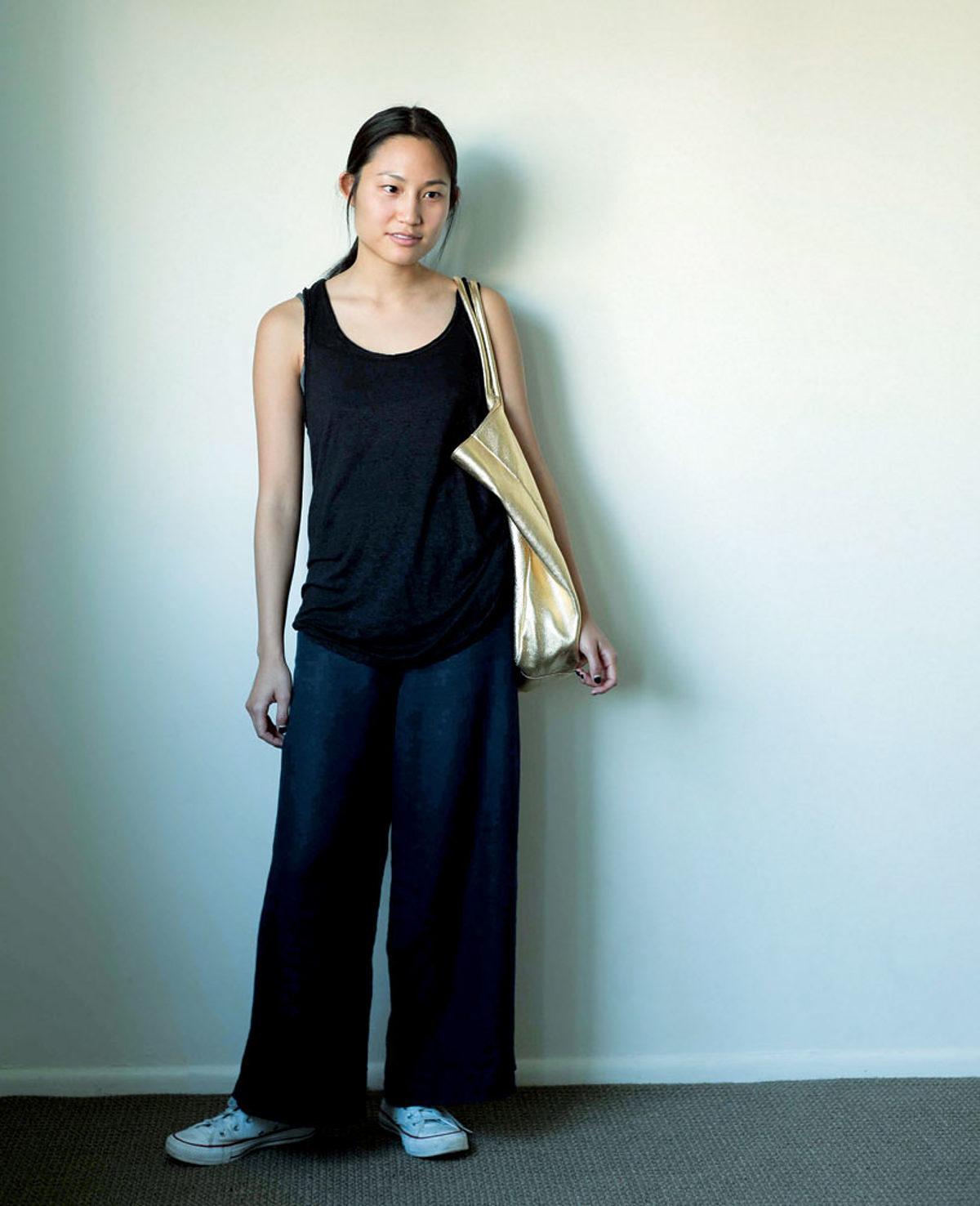 Couture vêtements en lin haut et pantalon