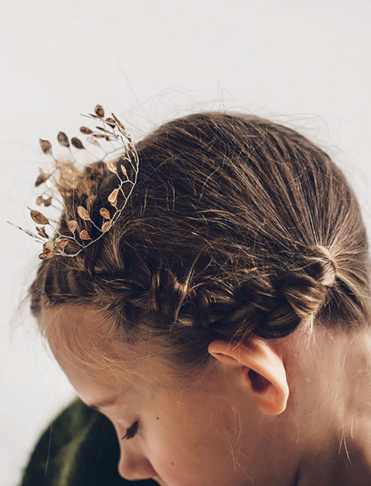 Bijoux-crochetes-fil-metallique-couronne