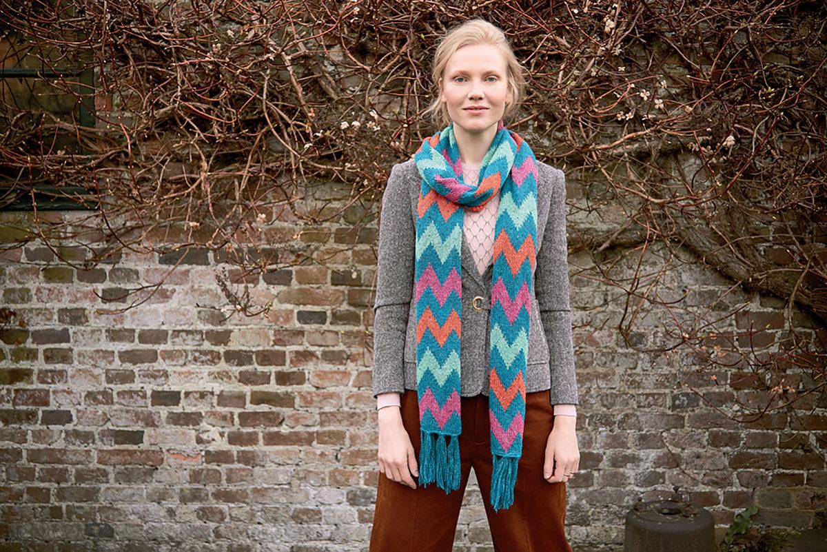 echarpe-au-tricot-coloree